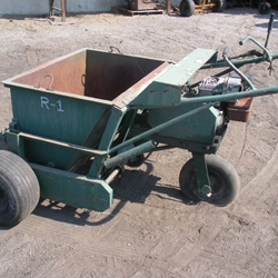 Power Gravel Spreader