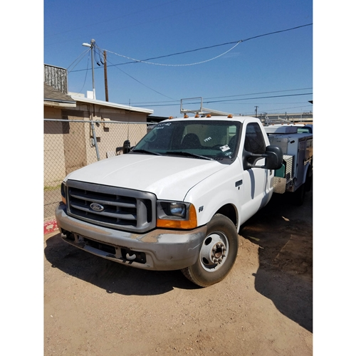 1999 FORD F350 UTILITY TRUCK